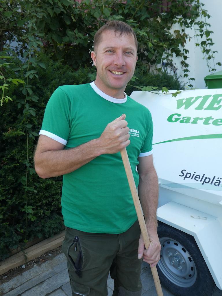 Wiesner Gartenbau Familienbetrieb Seit 1996 In Bottmingen